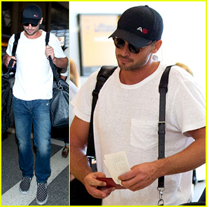 Tom Welling Makes Rare Appearance at LAX Airport