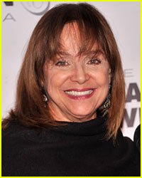 Valerie Harper's Terminal Cancer is Close to Remission!