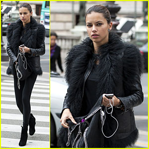 Adriana Lima: Help Me Reach 3 Million Fans on Facebook!