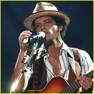 Bruno Mars: Super Bowl XLVIII Halftime Performer - Confirmed!