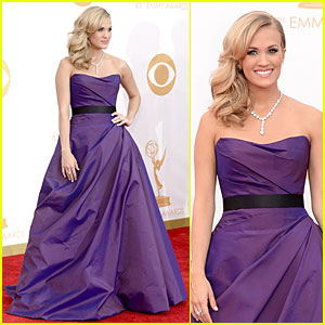 Carrie Underwood - Emmys 2013 Red Carpet