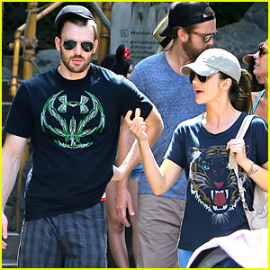 Chris Evans & Minka Kelly: Disneyland Date!