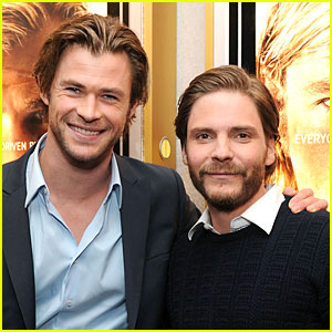Chris Hemsworth & Daniel Bruhl: 'Rush' NYC Screening!