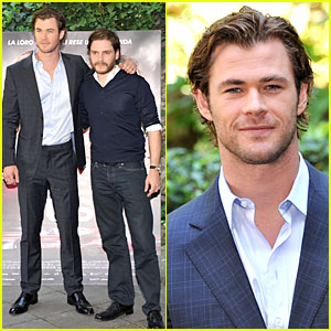 Chris Hemsworth & Daniel Bruhl: 'Rush' Photo Call in Rome!
