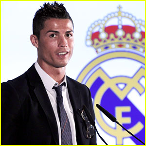 Cristiano Ronaldo Signs New Five-Year Deal with Real Madrid