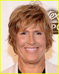 Diana Nyad Completes Swim from Cuba to Florida at Age 64