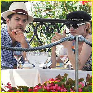 Diane Kruger & Joshua Jackson: Lunch Date in Venice!