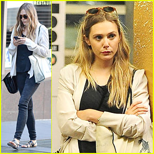 Elizabeth Olsen: Subway Rider in the Big Apple!