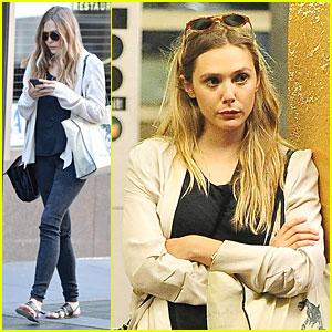 Elizabeth Olsen: Subway Rider in the Big Apple!