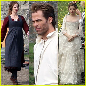 Emily Blunt & Anna Kendrick: 'Into the Woods' First Set Pics!