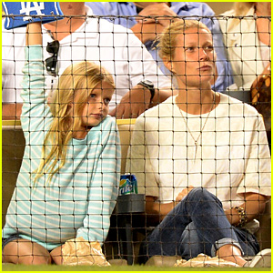 Gwyneth Paltrow: Dodgers Game with Apple & Moses!