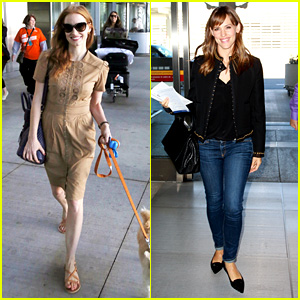 Jessica Chastain Lands in Toronto, Jennifer Garner Departs