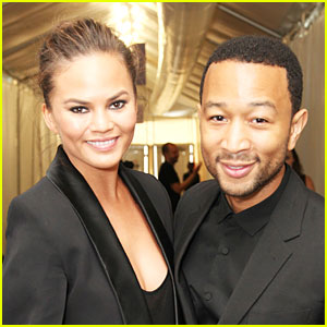 John Legend Marries Chrissy Teigen in Italy!