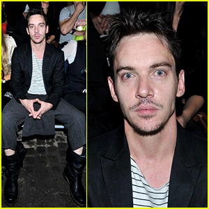 Jonathan Rhys-Meyers: Conchita Perez Fashion Show!