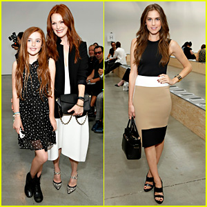 Julianne Moore & Allison Williams: Reed Krakoff Fashion Show!