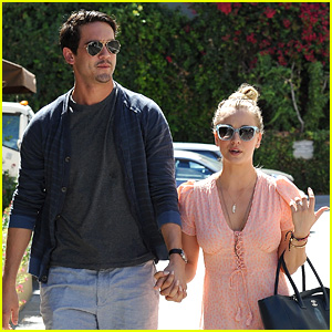 Kaley Cuoco & Fiance Ryan Sweeting Hold Hands at Lunch!
