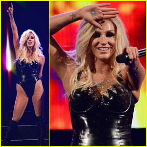 Ke$ha Performs with Joan Jett at iHeartRadio - Watch Now!