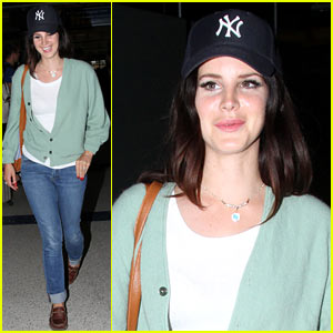 Lana Del Rey Has 'Strong Visual Identity,' Says Her Manager