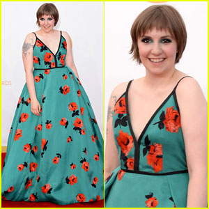 Lena Dunham - Emmys 2013 Red Carpet