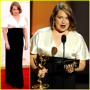 Merritt Wever Emmys Acceptance Speech: 'Best Ever!' (Video)
