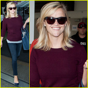 Reese Witherspoon Hits LAX After 'Devil's Knot' TIFF Premiere!