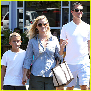 Reese Witherspoon & Jim Toth: Labor Day Outing with Deacon