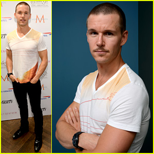 Ryan Kwanten Debuts Shaved Head at Toronto Film Festival