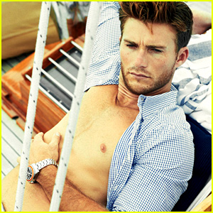 Scott Eastwood Goes Shirtless in Extra 'Town & Country' Pics!