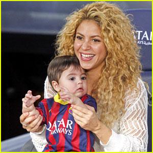 Shakira & Baby Milan Cheer on Gerard Pique!