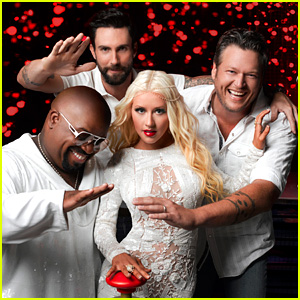 'The Voice' Coaches Sing 'I Love Rock n Roll' - WATCH NOW!