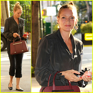 Uma Thurman Walks Her Adorable Dog in the Big Apple