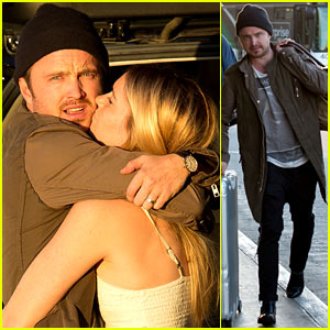 Aaron Paul Gets Big Kiss From Wife Lauren Parsekian at LAX