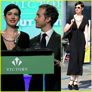 Anne Hathaway: Victory Fund Brunch with Adam Shulman!