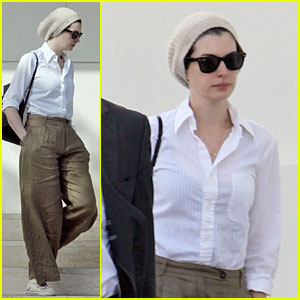 Anne Hathaway: Fall Beanie for Hollywood Meeting!