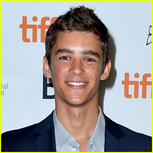 Brenton Thwaites Lands 'Gods of Egypt' Leading Role!