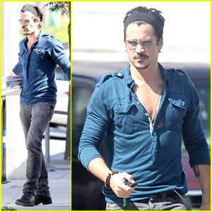 Colin Farrell Loves The Coop's Pizzas!