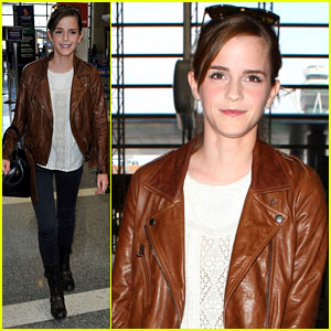 Emma Watson Flies Out of Los Angeles
