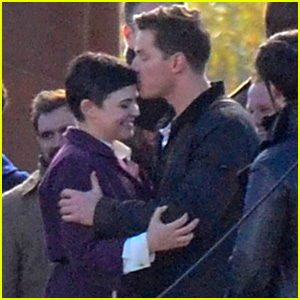 Ginnifer Goodwin & Josh Dallas Share Sweet Kiss on 'Once' Set