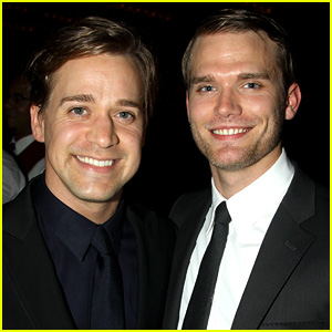 Grey's Anatomy's T.R. Knight Marries Boyfriend Patrick!