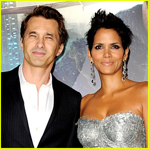Halle Berry Gives Birth to Baby Boy with Olivier Martinez!