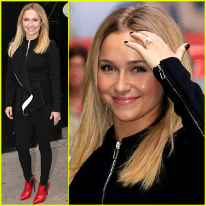 Hayden Panettiere Confirms Engagement to Wladimir Klitschko, Shows Off Ring!