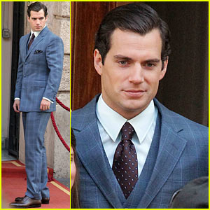 Henry Cavill Shows Off Suave Look for 'Man from U.N.C.L.E.'