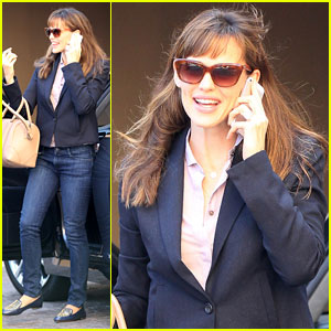 Jennifer Garner: Beverly Hills Business Meeting