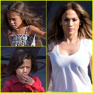 Jennifer Lopez Goes to Work, Casper Smart Goes for a Drive