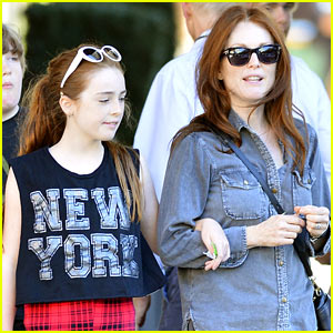 Julianne Moore: Go See 'Don Jon'!
