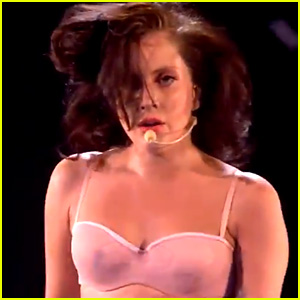 Lady Gaga Performs 'Venus/Do What U Want' for 'X Factor UK'!