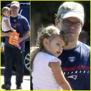 Matt Damon Steps Out with Stella After CBS Pilot News!