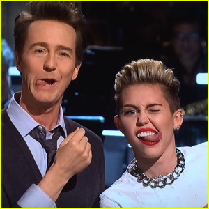 Miley Cyrus: Surprise 'SNL' Appearance to Announce Tour!
