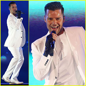Ricky Martin Hits the Stage in Australia