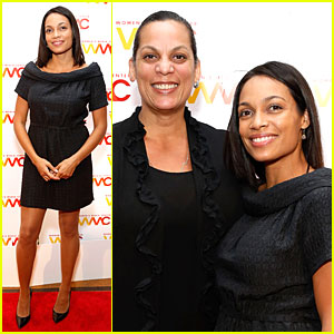 Rosario Dawson: Women's Media Awards with Mom Isabel!